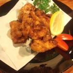 KOMERU - ヨンチャッキ唐揚げ。聞いたことがない、鶏の唐揚げです。