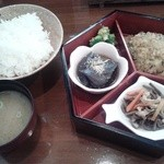 ぽあそん - 料理写真:チキンカツ定食650円
