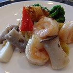 16276494 - 楊貴妃ランチコース:芝海老と大根餅のXO醤ソース炒め