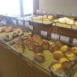 Boulangerie Galopin - 店内の空気が美味しい空気で充満^^
