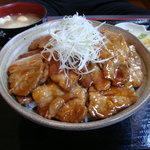 牛屋たん兵衛 - 豚丼