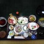 枕崎観光ホテル岩戸 - 料理写真:夕食