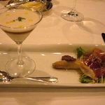 パノラミックレストラン ル・ノルマンディ - 前菜2 フランス産ホワイトアスパラガス、2種類のサービスでお楽しみ下さい