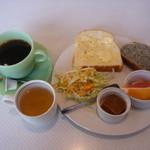 ほくぶ停 - ハワイアンコーヒー(480円)とモーニングバイキング