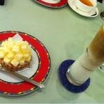 月乃井 - チーズケーキとアイスカフェオレ