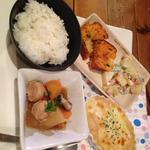 サンダルキッチン - 水曜日のごはん。ほっこり関西弁の店長におっとり話しかけられるのが好き。豆腐を使ったグラタンの日。