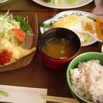 ランチカフェすえひろ - 料理写真:食材の良さが食べると凄くわかる!御みそ汁も素晴らしい