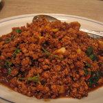 スコンター - 豚肉のバジル炒めレタス包み