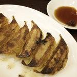 拉麺 豚平 - 餃子(6個)190円