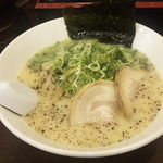 拉麺 豚平 - 豚骨ラーメン600円