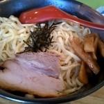 二代目光正 - 石焼きつけ麺(温かい麺)