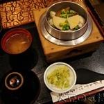 与志万 - かき釜めし(¥1,100)