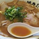 ラーメン横綱 - チャーシューメン スープ