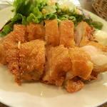 16309699 - 鶏一枚肉の山賊揚げ