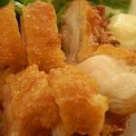 16309700 - 鶏一枚肉の山賊揚げ アップ