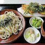 やまざと - 料理写真:天ぷらつけめん\650