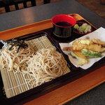 良庵 - 料理写真:天ざる。当店、人気№1の商品です。¥1250