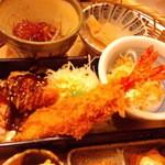 かんながら - 海老フライ・味噌ヒレカツ・エビのしっぽに隠れた豆腐(2012.11月)