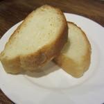 ビオバル弘前 - パン 1切れ70円