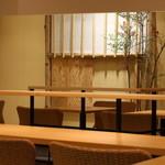 田頭茶舗 - 和室のような店内
