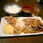 中房 - 八宝菜定食