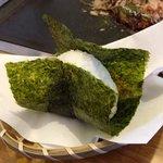 ティダマンディ - ふつうのおむすび(こぶ入り)120円(第一回投稿分③)
