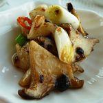 中国料理 「望海楼」 - 帆立貝とアオリイカのブラックビーンズ・・ブラックビーンズの程良いピリカラ感が美味しい。烏賊も柔らかい。