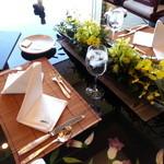 16325490 - 20121211 個室のテーブルセッティング