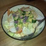 はな穂 - 有機野菜のゴマドレサラダ。分かりにくいですが、丼に野菜がい~っぱい!生の白菜がこんなに美味しいとは知りませんでした・・・普通の白菜ではない、こだわりの白菜だそうです。(名前は忘れました・・)