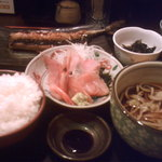 魚菜屋 - 越前蕎麦といしる干し魚定食 980円