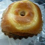 ヒトミベーカリー - カレーコロッケパン