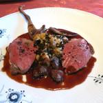 キノシタ - フランス産 ジャンロワイエル(?)鳩のロースト 胸肉、ささ身、腿肉、キノコと麦のリゾット