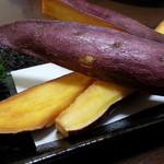 和久羅 - 料理写真:鳴門金時まるごと揚げ