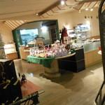 ベーカリーカフェ 江戸屋 - ベーカリーコーナー