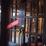16348781 - 店内の入口