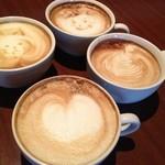 Le Cafe RETRO - 寒い時期はあったかーいカフェラテはいかがですか?