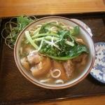 萬謝 - 料理写真:てびちそば(大)730円