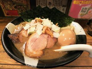 すごい煮干ラーメン凪 新宿ゴールデン街店本館 - 特製煮干ラーメン