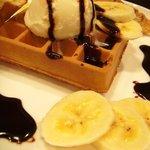 Cafeひととき - チョコバナナワッフル