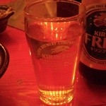 Foods bar 栞屋 - ビールで乾杯~♪
