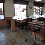 16369412 - お子様椅子もあり便利