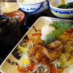 ガスト - 料理写真:若鶏の彩り野菜和膳