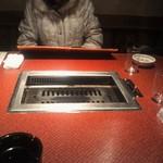 16370288 - 自分たちのテーブル席の様子です