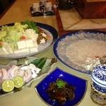 知歩里 - 料理写真:天然安乗ふぐコース