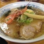 八屋 - 室蘭ラーメン 塩 麺半量