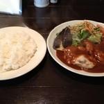 隣の洋食屋さん ブラボーパパ - 日替わりランチ1100円