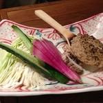 16379836 - お野菜も美味しそう。味噌を付けて。
