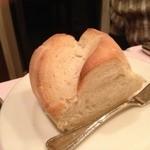 ポン・ヌフ - 自家製パン