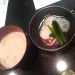 16384317 - お通しの牡蠣の豆乳スープと鶏の山芋おろしあんかけ