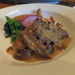 16393519 - 若鶏モモ肉とポルチーニ茸のフリカッセ
